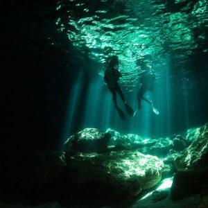 © Volcano Island Divers